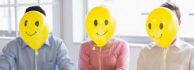 Воздушные шарики с радостными лицами