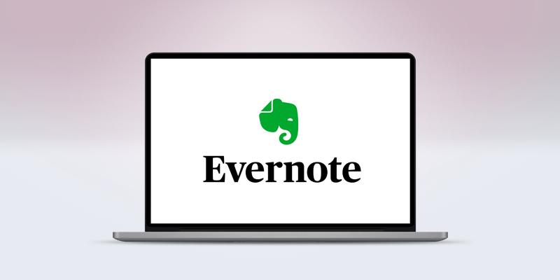 ノートパソコンの画面にあるEvernoteのロゴ